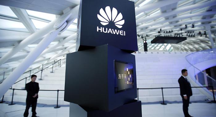 Budushhee-Huawei-i-Honor-Huawei