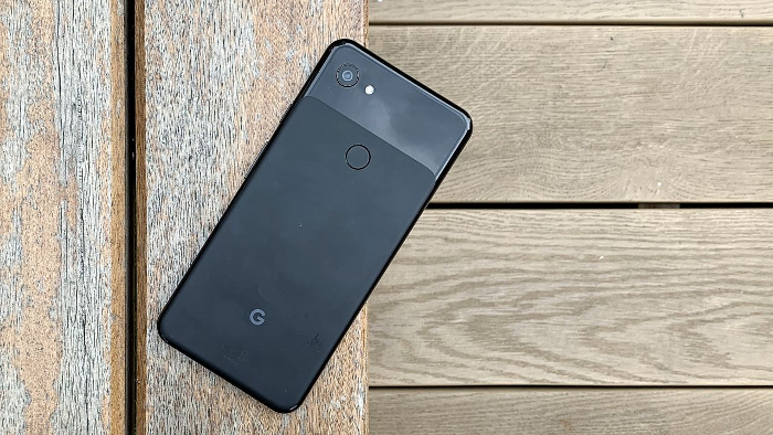 both Pixel 3a and iPhone XR each received one main camera sensor