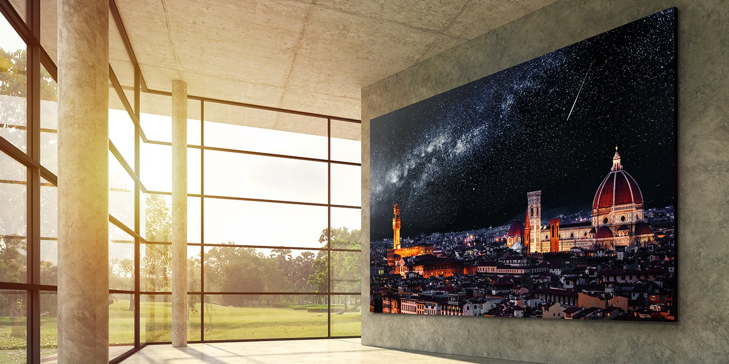 LG LSAB009 is a 165-inch 4K micro-LED TV for commercial use