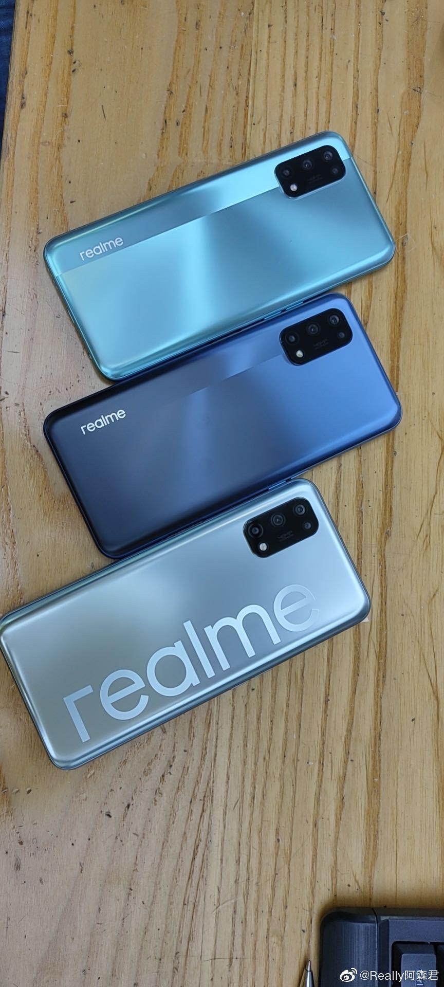 Realme V5 live shot