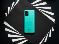 First OnePlus 8T update brings Canvas feature and lots of optimizations