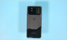 OnePlus 8T Cyberpunk 2077 Limited Edition Hands-on pictures