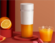 Xiaomi's MIJIA Portable Juicer can extract 12 cups of juice on a single charge