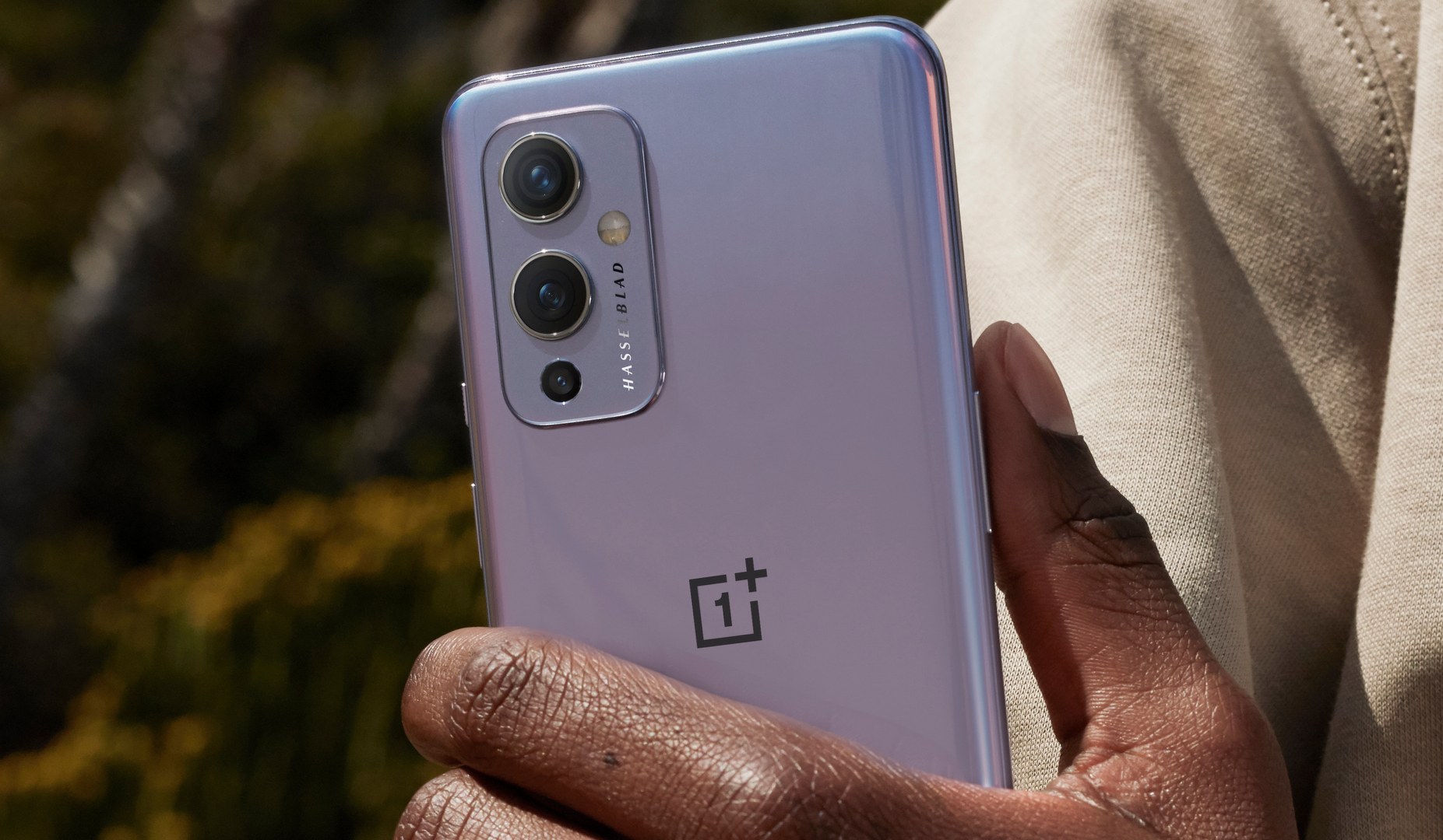 OnePlus 9, Garmin smartwatches and more deals are available today