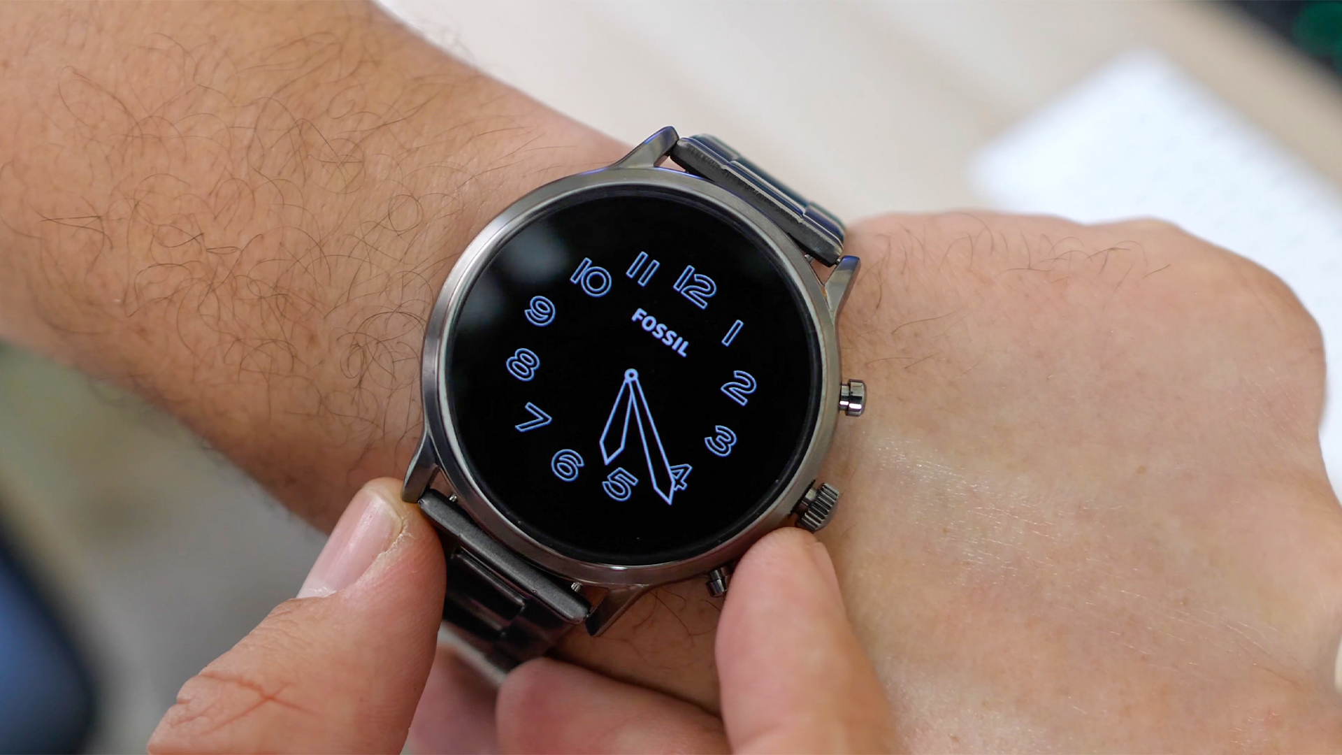 Qualcomm: Current chips support new WearOS / Google: Not so fast!