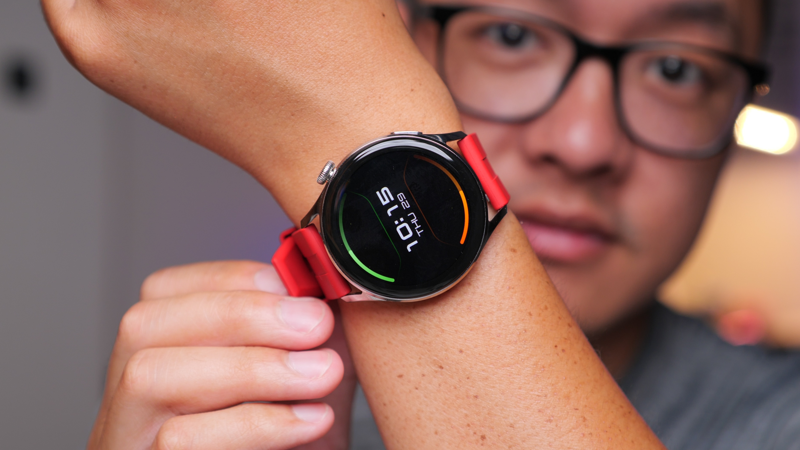 This smartwatch is ALMOST everything you need (video)