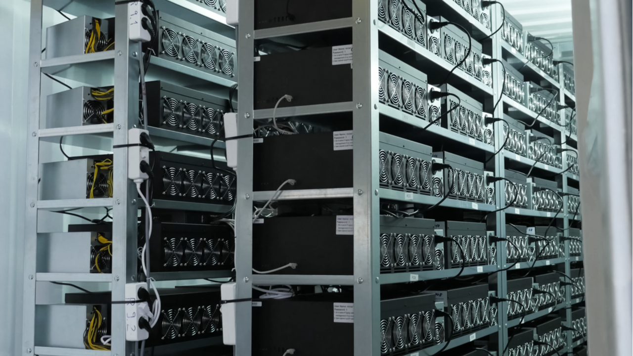 Venezuelan Authorities Reconnect Affected Bitcoin Miners to Power Grid