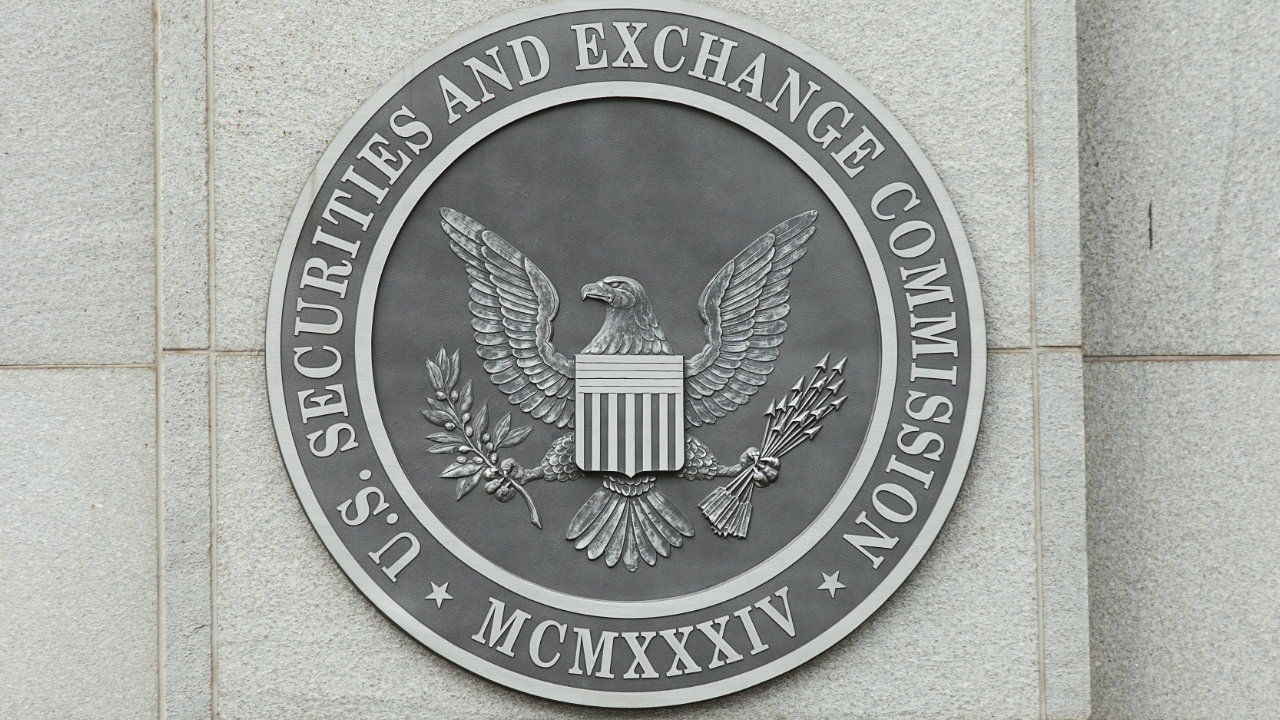 SEC Commissioner: True Decentralized Projects Pose a Challenge to Crypto Regulation